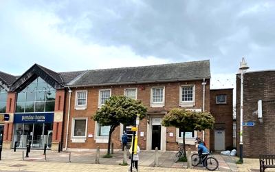 1 Chapel Lane, Formby L37 4DN
